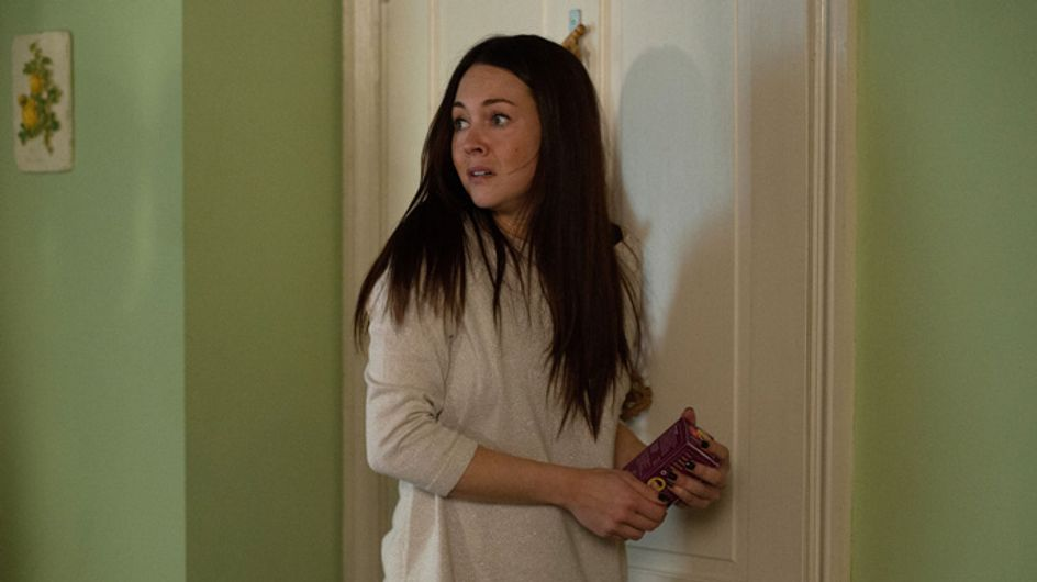 Eastenders 24/02 – Stacey is stunned to hear the new plan