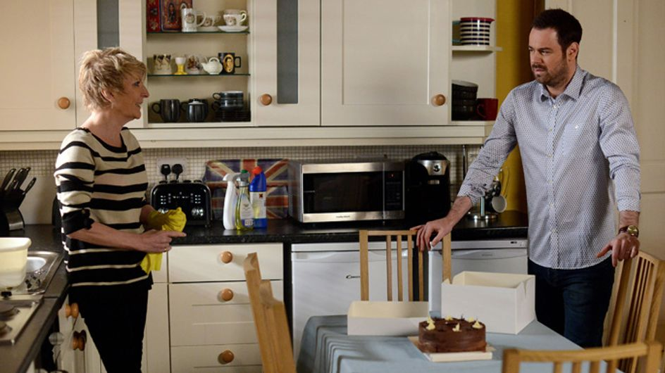 Eastenders 25/02 – Alfie changes Kat and Stacey's mind