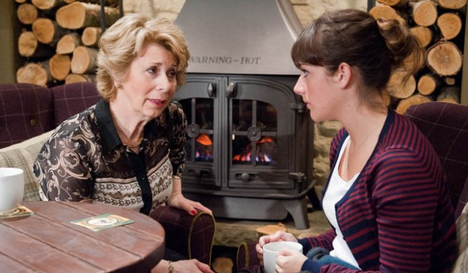 Victoria tells Diane she'll try to find out how Val gets on at the clinic
