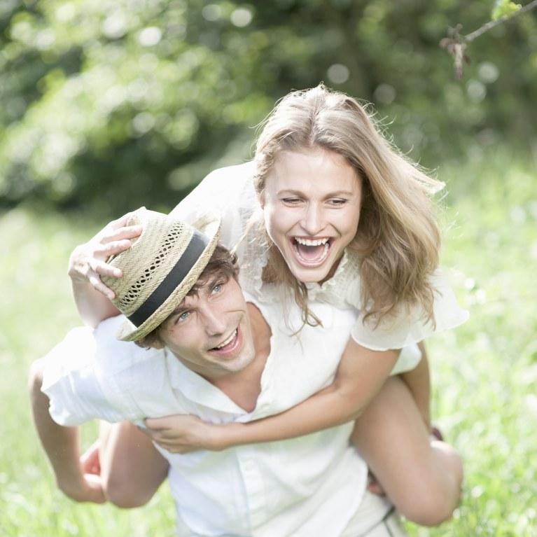 meilleures rencontres en ligne gratuit au Royaume-Uni Speed Dating groupe de jeunes