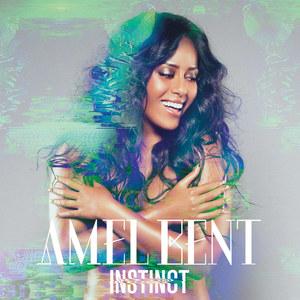 Amel Bent topless pour Instinct