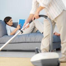 Made in USA : Elle paie son mari pour faire les tâches ménagères !