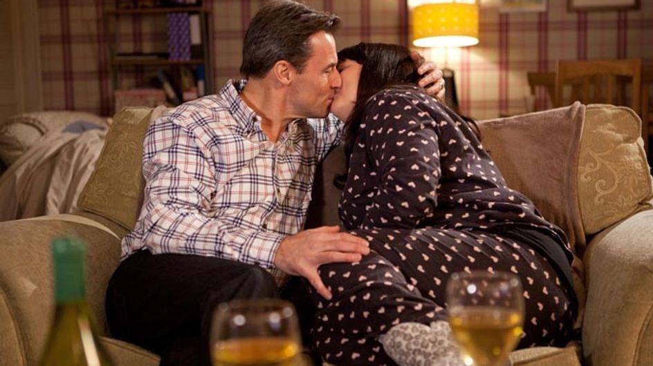 Hollyoaks 3/03 – Can Tegan and Fraser keep their affair a secret?
