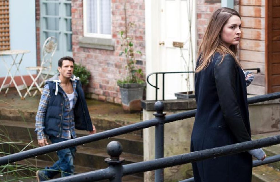 Hollyoaks 5/03 – Dirks tries to cheer Frankie up