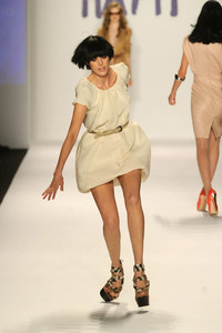 Oops catwalk Photos: The