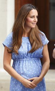 Kate Middleton a-t-elle les cheveux trop longs ?