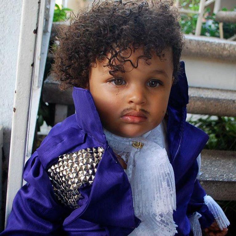 e28d8aafef Costumi di Carnevale per bambini: vestiti e maschere originali per i più  piccoli!