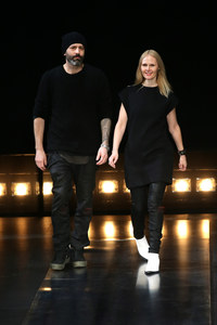 Michael y Nicole Kolovos