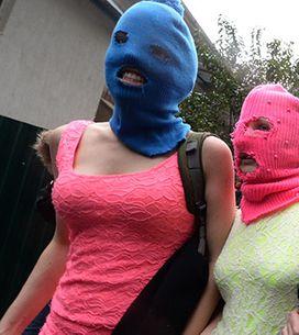 El grupo Pussy Riot presenta su nuevo videoclip en el que lanza duras críticas a