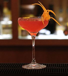 How To Make The Perfect Jasmine Cocktail