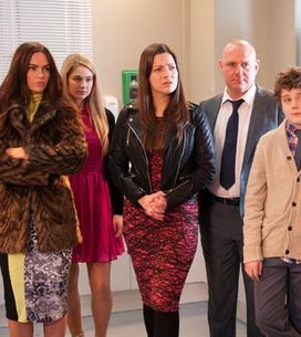 Hollyoaks 14/03 – Sienna blackmails Maxine