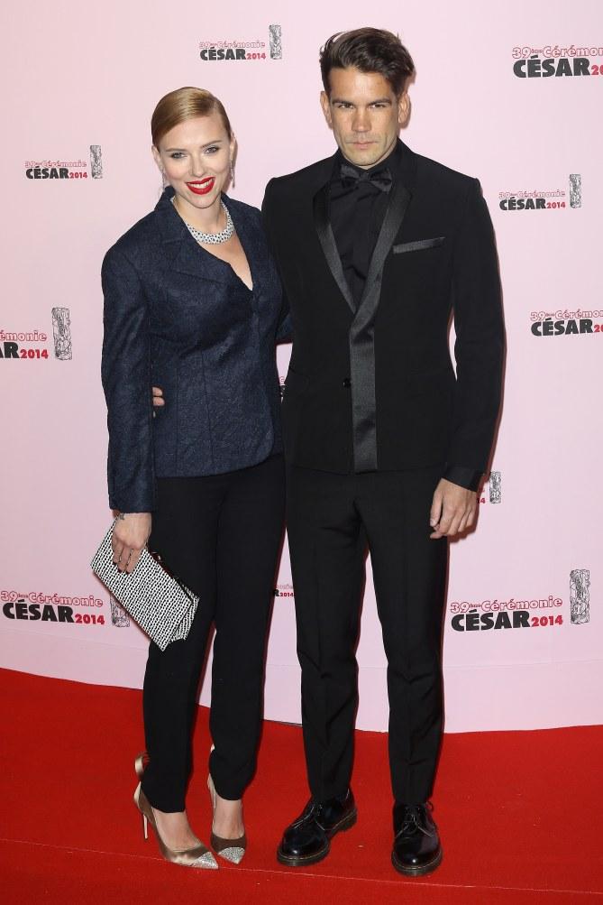Scarlett Johansson et Romain Dauriac (César 2014)