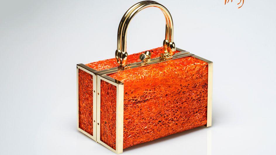 Cavallino, ottone e trama di fico d'India. Scopri i materiali più preziosi e strani di queste borse di lusso