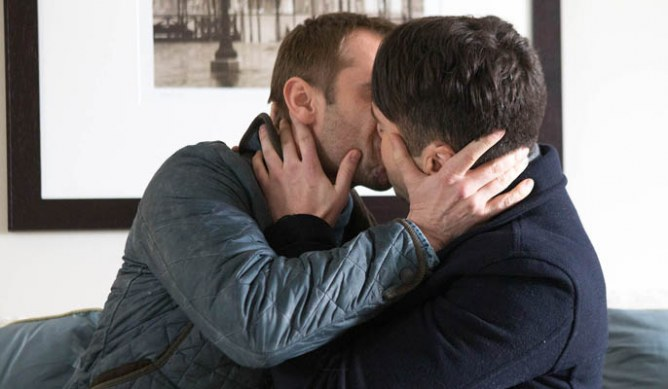 Marcus and Todd kiss