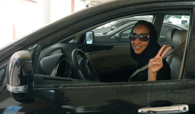 Saudi female activist driving car