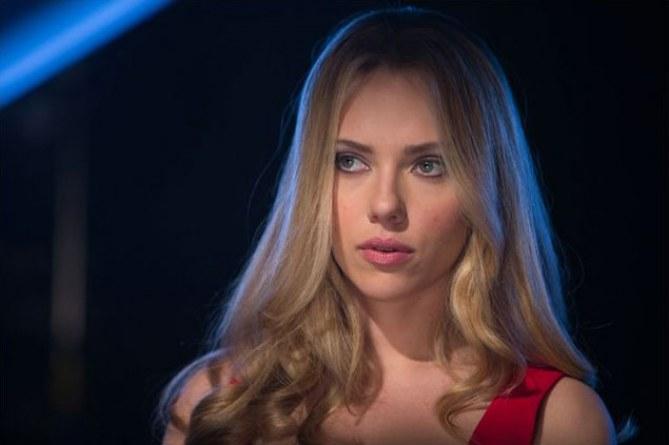Scarlett Johansson dans Donjon