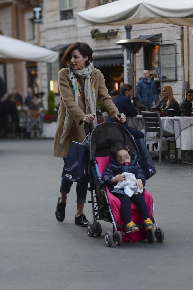 Luisa Ranieri con la piccola Emma