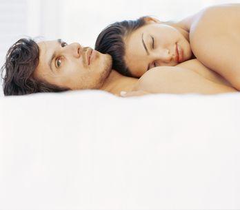 Hebben koppels die elkaar online leren kennen minder bevredigende seksuele relaties?