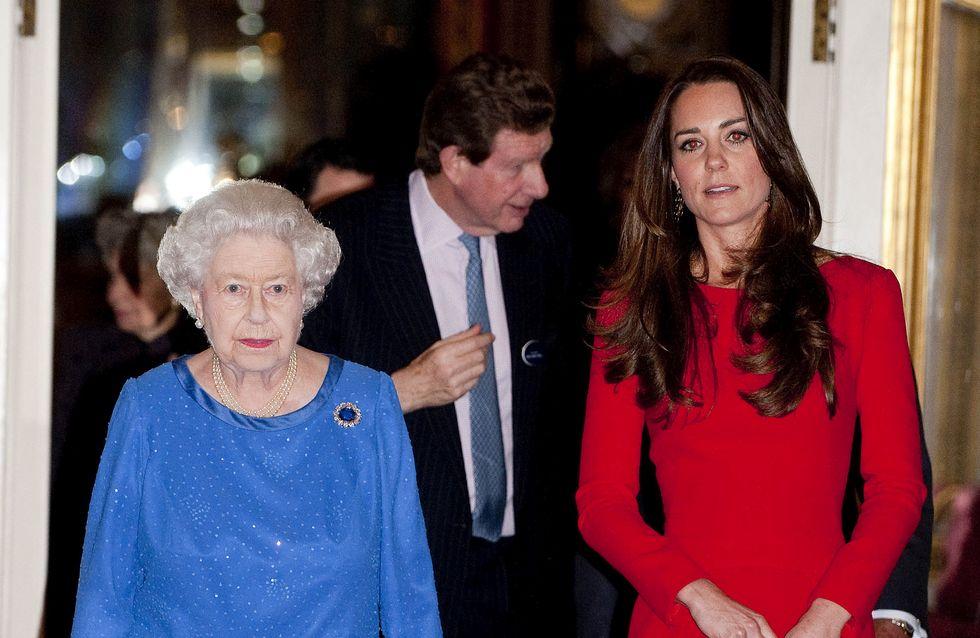 De Kate Middleton ou Elizabeth II, qui est la meilleure mère ?