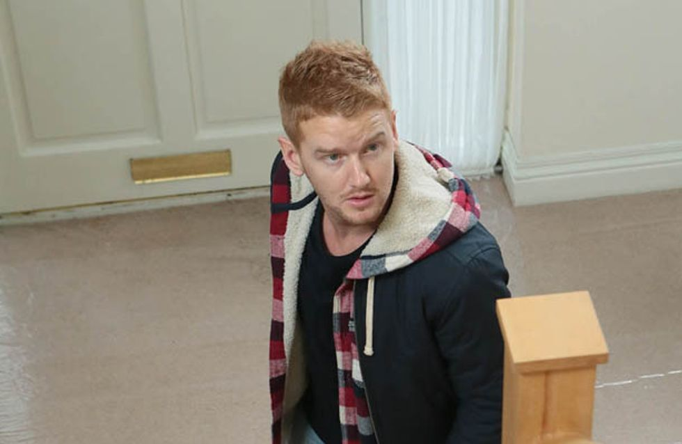 Coronation Street 28/03 – Gary takes control of the situation