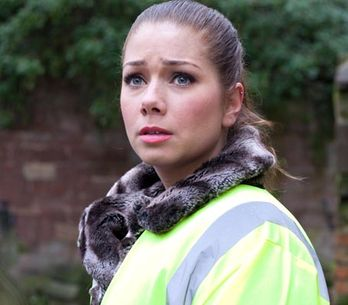 Hollyoaks 25/03 – Ste realises the weight of Peri's discovery