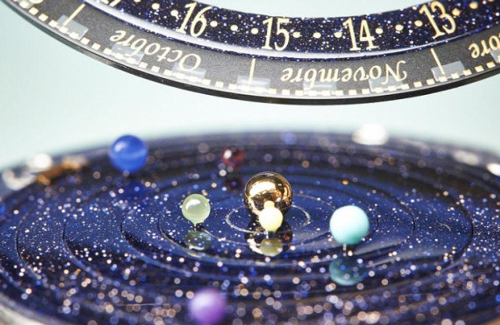 Van Cleef & Arpels lancia Midnight Planétarium, l'orologio per osservare i pianeti