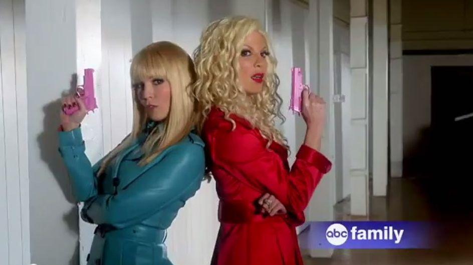 Tori Spelling et Jennie Garth : Les premières images de leur nouvelle série (photos et vidéo)