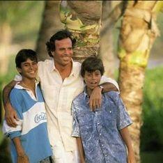 Julio José y Enrique Iglesias: dos maneras de entender el día del padre
