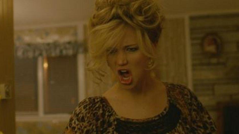 Jennifer Lawrence déchaînée dans une scène coupée d'American Bluff ! (Vidéo)