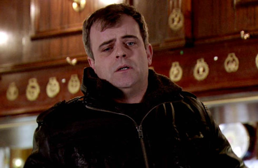 Coronation Street 02/04 – Peter drowns his sorrows