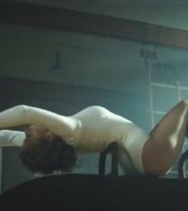 Kylie Minogue : Sexy en body dans son nouveau clip Sexercize (Vidéo)