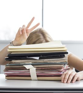 Arrive First? Leave Last? 15 Work Worries You NEED To Stop Now