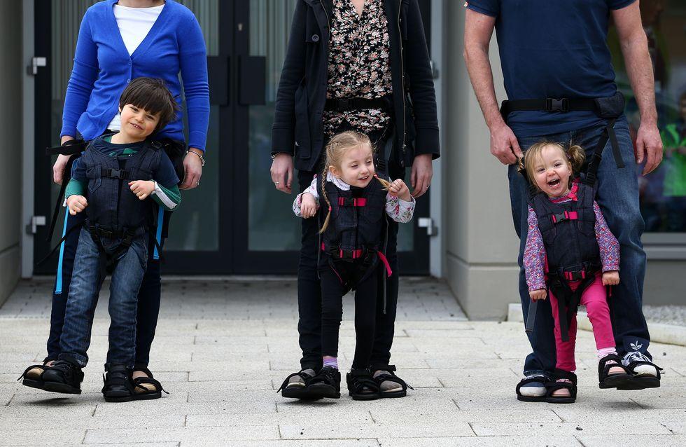 Grâce à l'invention géniale de cette maman, son fils handicapé peut marcher à nouveau (photos et vidéo)