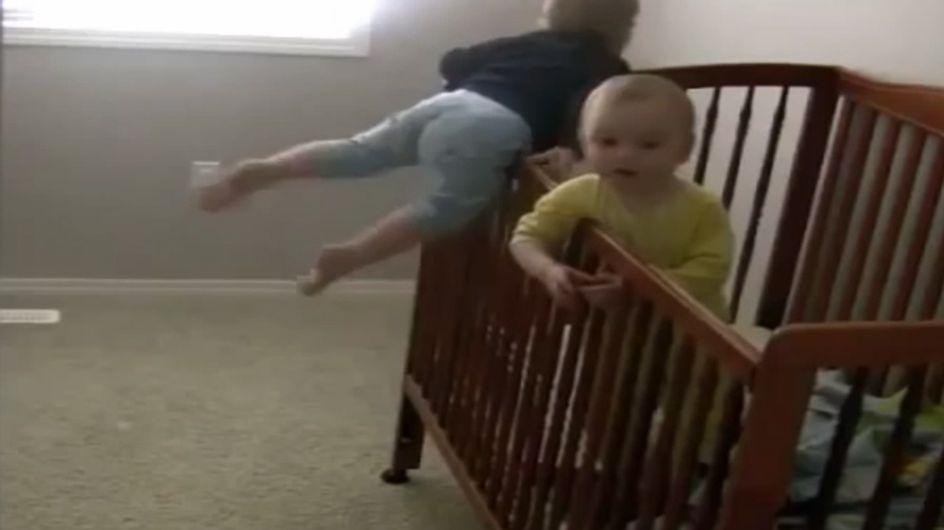 Geschickt ausgebüchst: Gegen diese Babys sehen sogar Geheimagenten alt aus!