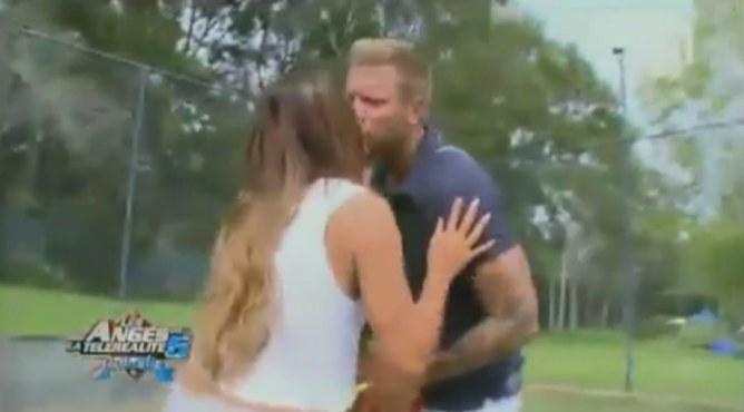 Le premier baiser de Benjamin et Anaïs