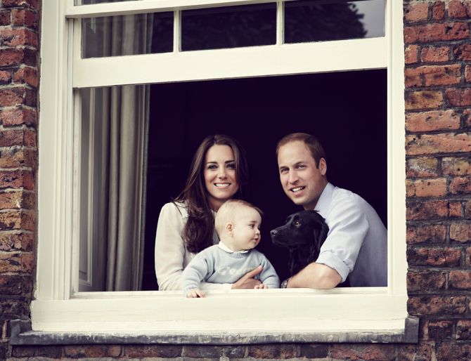 Kate et William dévoilent une nouvelle photo de famille