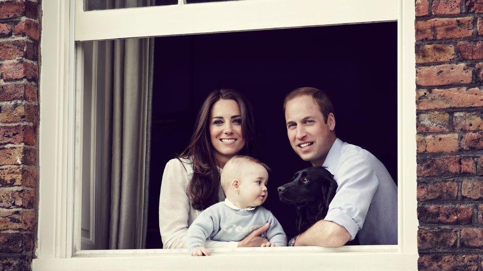 Come sei cresciuto George! Kate e William posano insieme al loro figlio. Guarda la foto!