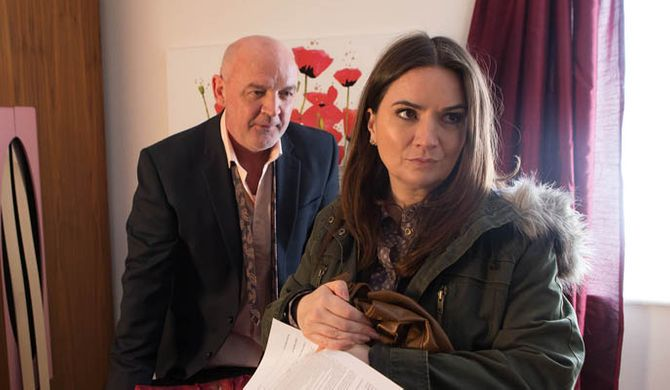 Phelan makes Anna an indecent proposal