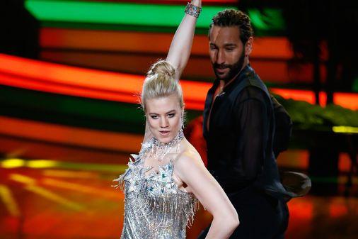 Larissa Marolt mit Tanzpartner Massimo Sinató
