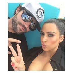 Kim Kardashian : Son demi-frère se moque d'elle sur les réseau sociaux (vidéo)