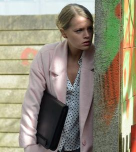 Eastenders 17/04 – Lucy gets Lee's attention