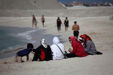 Mujeres marroquís con hijos
