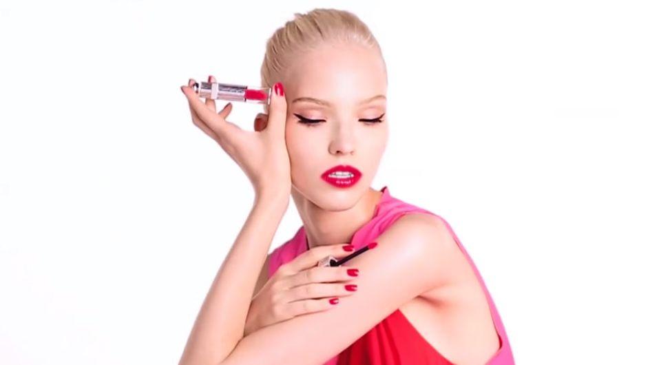 """Dior Addict Fluid Stick : Faîtes place aux """"gloss à l'eau"""" pour l'été (vidéo)"""