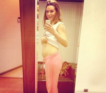 Micol Olivieri è incinta. Guarda la foto del pancione della giovanissima attrice