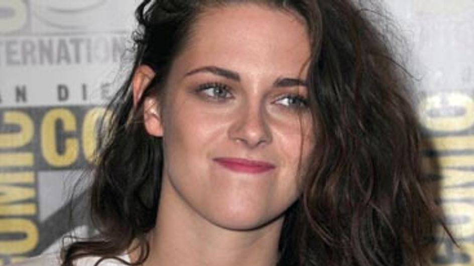Happy Birthday Kristen Stewart! 10 Times The Twilight Star Made Fame Really Awkward
