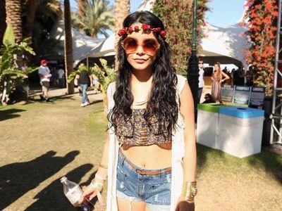 Vanessa Hudgens payée au festival Coachella