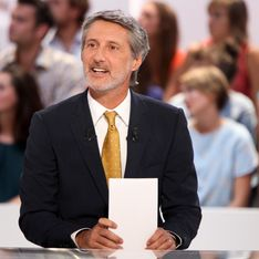 Antoine De Caunes : Il cède sa place au Grand Journal