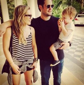 Hilary Duff, Mike Comrie et son fils lors de leurs vacances au Bahamas
