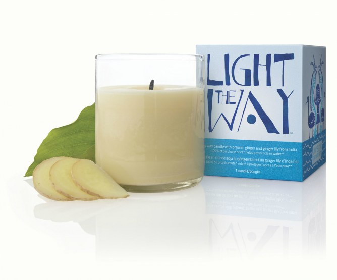 Light the way, candela limited edition di Aveda