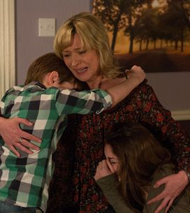 Eastenders 22/04 – Ian can't believe Lucy is dead